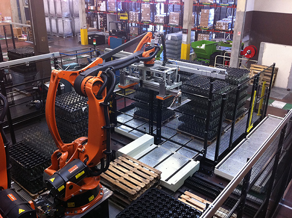 Robotic de-palletization